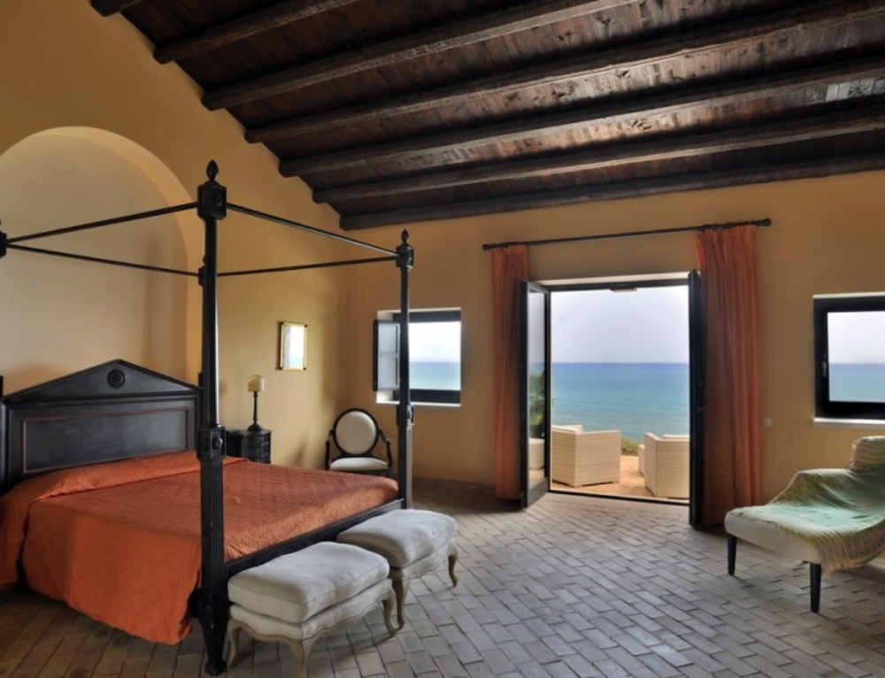 New entry in Sicilia: Falconara Resort
